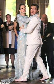 Blair-Waldorf-Wedding-Dress-Chuck-Bass-Pictures
